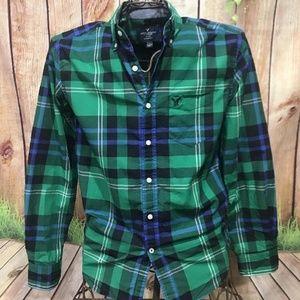 AMERICAN EAGLE Green/Blue Plaid Long Sleeve Shirt